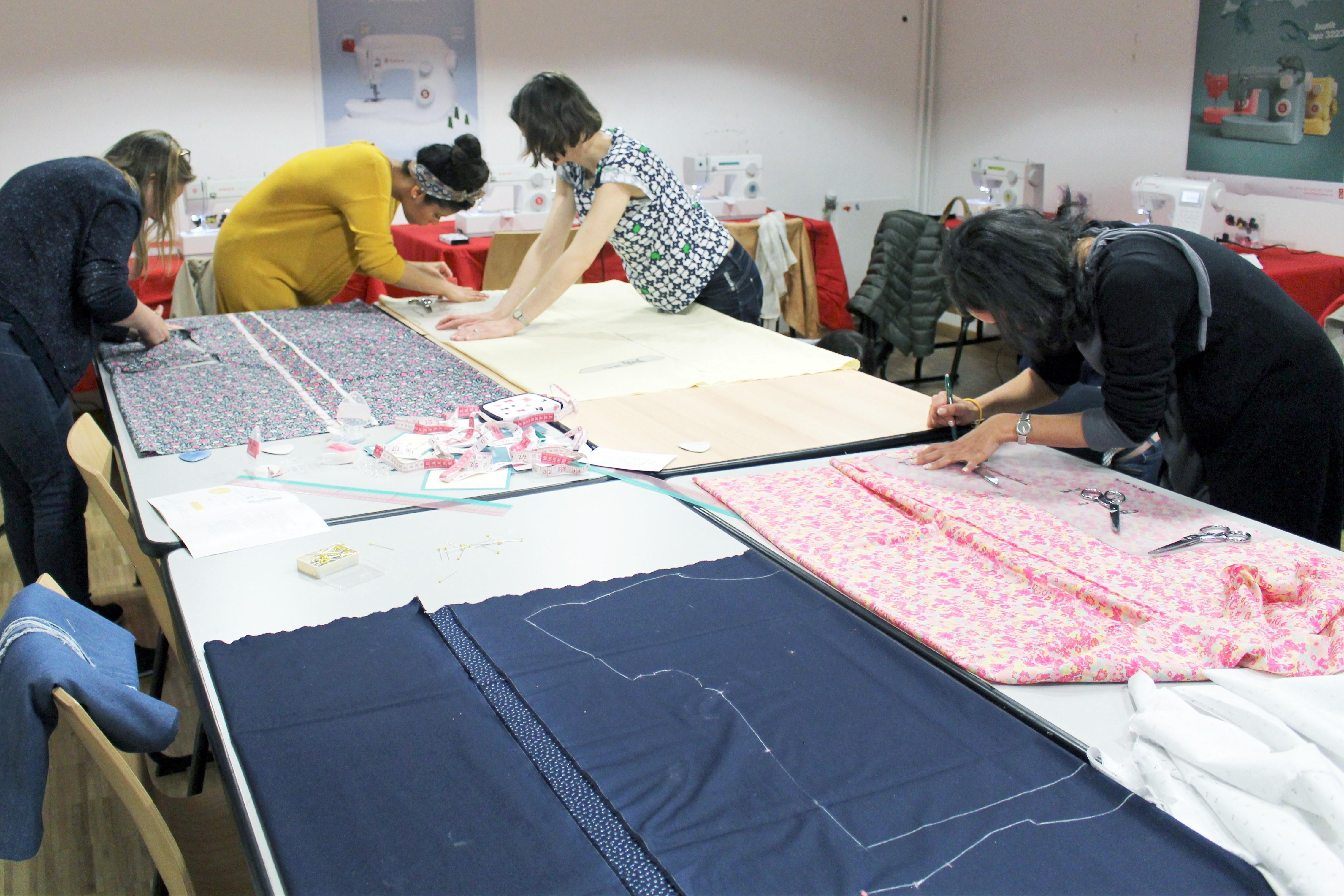 notre atelier couture les patronnes singer carreau du temple